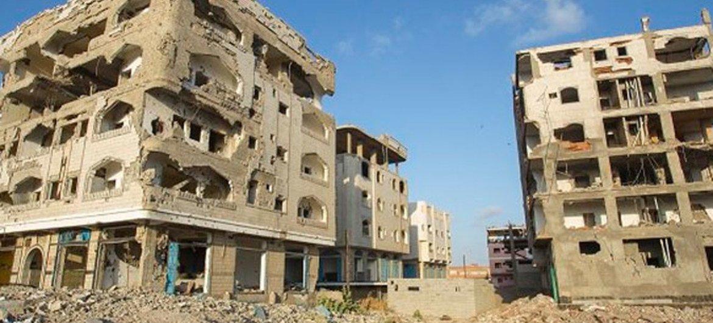 En muchas áreas de Yemen, devastadas por el conflicto, la continua inseguridad impide el acceso a las organizaciones humanitarias. Foto: PMA/Ammar Bamatraf