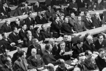 Délégations réunies pour la première séance de l'Assemblée générale des Nations Unies à Londres le 10 janvier 1946.
