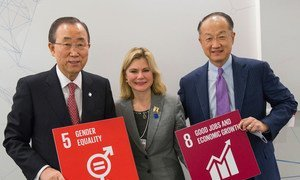 At World Economic Forum in Davos, Switzerland, Secretary-General Ban Ki-moon (left) announces creation of first ever UN High-Level Panel on Women's Economic Empowerment . Also pictured Justine Greening, Development Secretary, United Kingdom  (centre) and Jim Yong Kim, President of the World Bank (right).