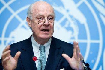 El enviado especial de la ONU para Siria, Staffan de Mistura, confía en retomar las conversaciones de paz en Ginebra en torno al 25 de febrero. Foto: ONU/Jean-Marc Ferré