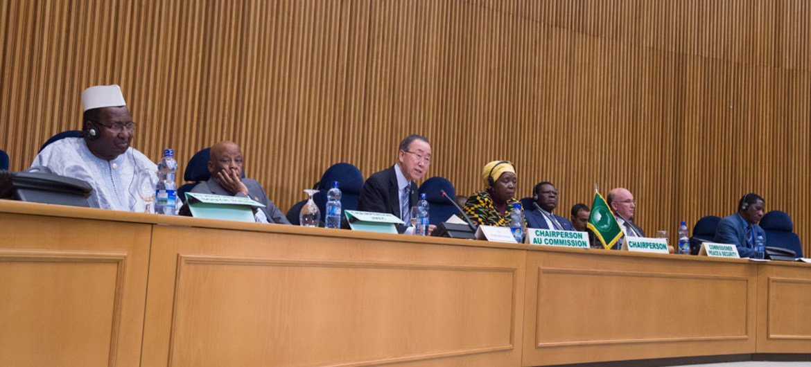 Secretary-General Ban Ki-moon speaks during a meeting of the Peace and Security Council in Addis Ababa.
