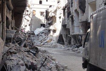 من الأرشيف: آثار الدمار في مخيم اليرموك للاجئي فلسطين في سوريا