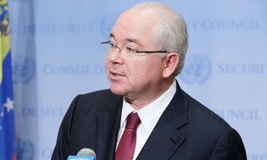 Ambassador Rafael Darío Ramírez Carreño of Venezuela delivers the Security Council's presidential statement condemning DPR Korea's missile launch on 7 February, 2016.
