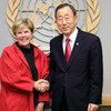 Jane Holl Lute, newly-appointed Special Coordinator on improving the United Nations' response to sexual exploitation and abuse, with Secretary-General Ban Ki-moon in December 2010.