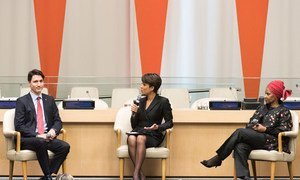 News anchor Sade Baderinwa (centre) moderates a dialogue on gender equality between Prime Minister Justin Trudeau of Canada (left), and Phumzile Mlambo-Ngcuka, Executive Director of UN Women.