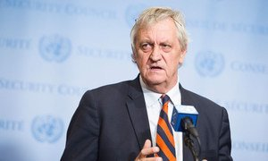 Le Représentant spécial du Secrétaire général de l'ONU pour la Somalie, Nicholas Haysom.  Le Secrétaire général de l'ONU António Guterres a regretté que le gouvernement somalien le déclare persona non grata.