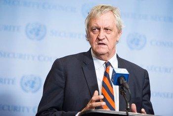 Nicholas Haysomm aliyekuwa mwakilishi maalum  Katibu Mkuu wa UN kuhusu Somalia.