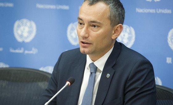 Nickolay Mladenov disse que o dinheiro é extremamente importante para Gaza, que está à beira do fracasso total econômico e social