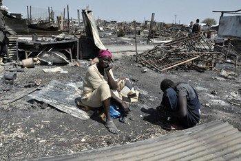 Mujer desplazada por la violencia en Sudán del Sur.
