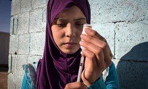 Raghad, qui vit dans un camp de réfugiés en Jordanie, souffre du diabète et a besoin d'une dose quotidienne d'insuline.