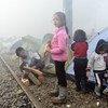 在希腊的难民儿童。
