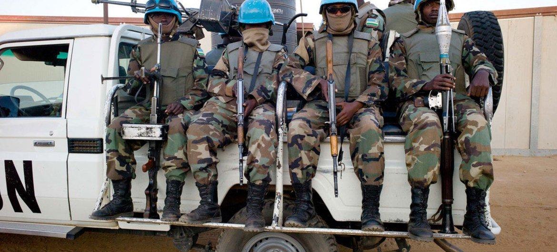 Cascos azules de UNAMID. Foto de archivo: UNAMID/Albert Gonzalez Farran