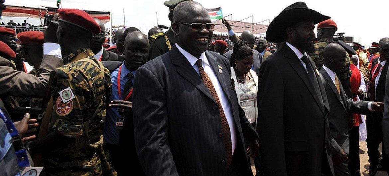 Le Président du Soudan du Sud, Salva Kiir (à droite), et le Premier Vice-président, Riek Machar (photo d'archives). Photo : MINUSS