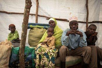 Dans le camp de réfugiés de Ndutu en Tanzanie, Abdul Yamuremye et sa famille ont fui la violence au Burundi. Photo HCR/Benjamin Loyseau (archives)