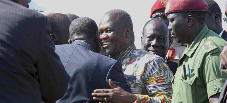 南苏丹反对派领导人、前副总统马沙尔26日乘坐联合国的飞机抵达南苏丹首都朱巴  联合国南苏丹特派团图片/Isaac Billy