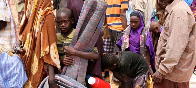Refugiados llegando al campamento de Dadaab, en Kenya. Foto de archivo: OCHA/John Ndiku