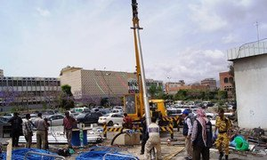 WHO installing a new water pump to solve the water shortage problems in Al-Thawra Public Hospital in Sana'a, Yemen.