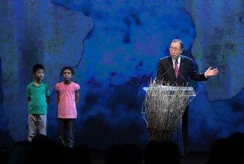UN Secretary-General Ban Ki-moon opens the first-ever World Humanitarian Summit in Istanbul, Turkey.