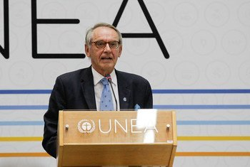 Deputy Secretary-General Jan Eliasson addresses the opening of the high-level segment of the United Nations Environment Assembly (UNEA-2) in Nairobi, Kenya.
