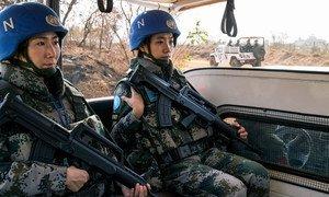 Un bataillon chinois de la Mission des Nations Unies au Soudan du Sud (MINUSS) en patrouille. Photo ONU/JC McIlwaine