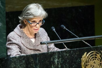 Marta Santos Pais addresses the high-level meeting of the General Assembly on the occasion of the anniversary of the adoption of the Convention on the Rights of the Child.