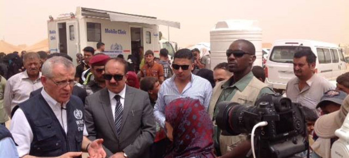 WHO Regional Director for the Eastern Mediterranean Dr Ala Alwan (left) in Baghdad, Iraq, to review firsthand WHO's response to the unfolding humanitarian crisis in Fallujah city.