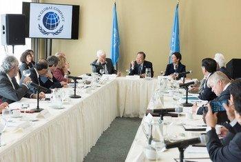 Генеральный секретарь ООН председательствует на заседании исполнительного совета  Глобального договора в штаб-квартире ООН в Нью-Йорке, 22 июня.  Фото ООН