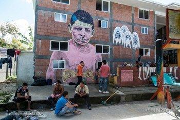 Familias de migrantes en un albergue del ACNUR en México. Foto: ACNUR/ Sebastian Rich