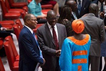 Le Représentant spécial du Secrétaire général de l'ONU pour l'Afrique de l'Ouest, Mohamed Ibn Chambas (à gauche), lors d'une réunion du Conseil de sécurité de l'ONU, le 11 juillet 2016. Photo : ONU / Manuel Elias