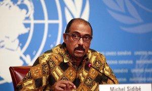 UNAIDS Executive Director Michel Sidibé launches the Prevention gap report at a press conference in Geneva.