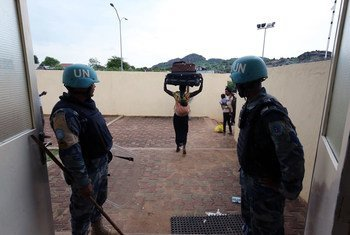 Civiles desplazados albergados en una base de la UNMISS en Juba. Foto: ONU/Eric Kanalstein
