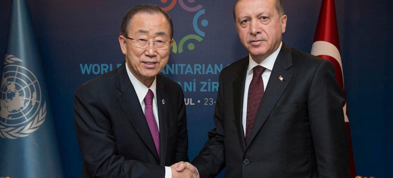 Secretary-General Ban Ki-moon (left) meets with Recep Tayyip Erdogan, President of Turkey (May 2016).
