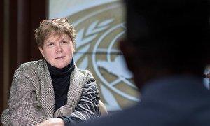 Jane Holl Lute, lors d'un entretien avec le Centre d'actualités de l'ONU. Photo : ONU / Mark Garten