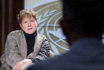 联合国应对性剥削和虐待特别协调员卢特接受联合国新闻中心采访。联合国图片/Mark Garten
