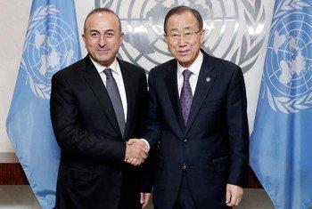 Secretary-General Ban Ki-moon (right) shown with Mevlüt Çavusoglu, Minister for Foreign Affairs of Turkey.