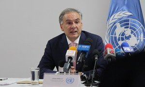 Jean Arnault, then Special Representative of the Secretary-General for Colombia, speaks to the press in Bogota. (file photo)