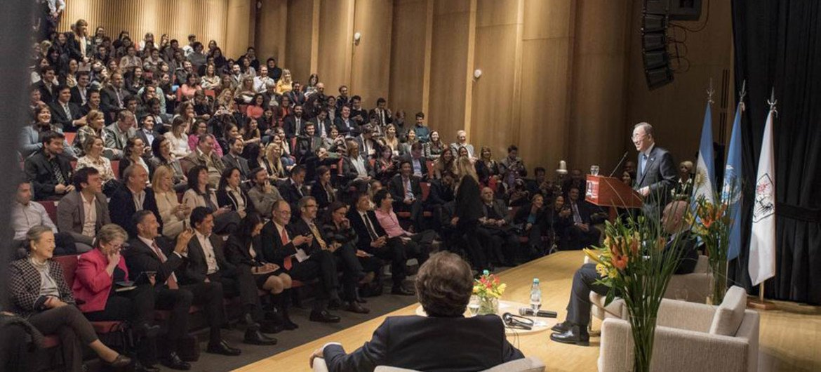 Secretary-General Ban Ki-moon addresses meeting with youth and civil society leaders in Buenos Aires, Argentina.