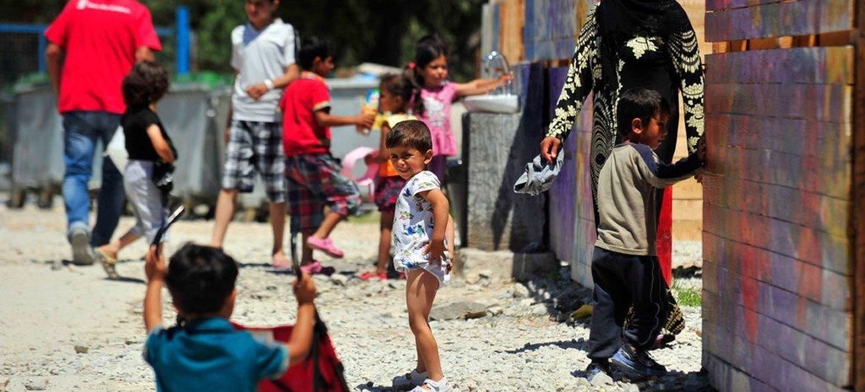 希腊莱斯沃斯岛上的难民和移民。儿基会/Tomislav Georgiev
