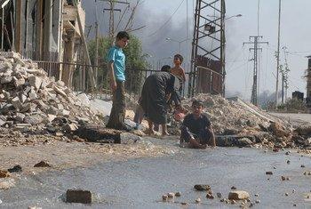 Дети играют на улице в Алеппо. Фото ЮНИСЕФ/Абдулрахман Исмаил
