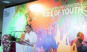 Secretary-General Ban Ki-moon addresses a youth event in Galle, Sri Lanka.