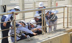 国际原子能机构专家在中国福清核电站考察。图片来源:中国国家核安全局