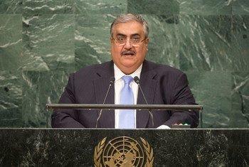 Le Ministre des affaires étrangères de Bahreïn, Shaikh Khalid Bin Mohamed Al-Khalifa, devant l'Assemblée générale des Nations Unies. Photo ONU/Cia Pak