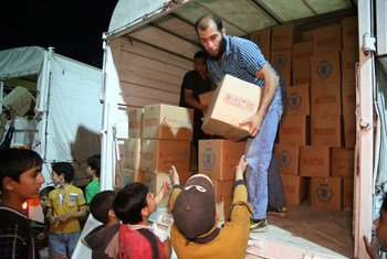 WFP sent 45 trucks carrying food rations and wheat flour to four towns in Syria as part of a joint UN-SARC convoy.