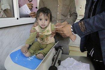 Au Yémen, l'UNICEF et ses partenaires ont mené fin septembre une campagne de soins de santé ciblant plus de 600.000 enfants et plus de 180.000 femmes enceintes et allaitantes. Photo UNICEF
