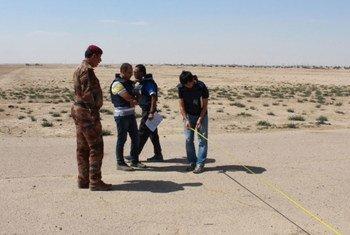 Международная организация по миграции (МОМ)  готовится  к сооружению временных поселений для перемещенных  лиц из иракского города  Мосул. Фото  МОМ