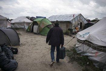 Лагерь в Кале, Франция. Фото  УВКБ