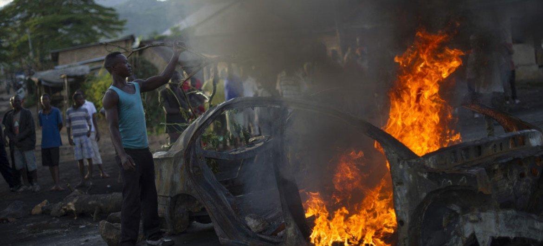 Protesta en Bujumbura, capital de Burundi. Foto de archivo: Phil Moore/IRIN