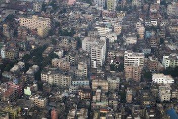 Vista aérea da cidade de Dhaka, capital de Bangladesh.