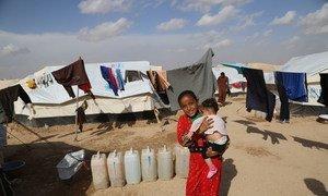 Les affrontements en cours dans la ville de Mossoul, au nord de l'Iraq, ont eu pour conséquence l'arrivée de 900 personnes, dont des enfants, au camp Al Hol, dans le gouvernorat d'Hasakeh, nord-est de la Syrie, à la frontière de l'Iraq.