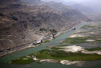 نهر لغمان، أحد الطرق المائية العديدة في أفغانستان، يعد ضروريا للزراعة والتنمية الأخرى في المقاطعات الريفية شرقي البلاد.